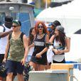 Rihanna en bateau à Honolulu, à Hawaï. Le 24 avril 2015.