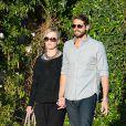 Jennie Garth et Dave Abrams vont dîner à Studio City, Los Angeles, le 10 avril 2015