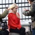 """Emma Roberts sur le tournage du film """"Nerve"""" à New York, le 30 avril 2015."""