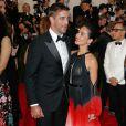 """Olivia Munn et son petit-ami Aaron Rodgers - Soirée Costume Institute Gala 2015 (Met Ball) au Metropolitan Museum célébrant l'ouverture de Chine : """"China, Through the Looking Glass"""", à New York le 4 mai 2015"""