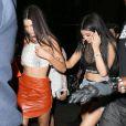 Kendall et Kylie Jenner arrivent à l'Up & Down pour la soirée post-Met Gala de Rihanna. New York, le 5 mai 2015.