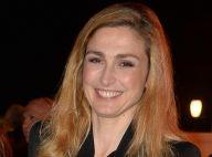 Julie Gayet : Radieuse et élégante, devant la jolie Salma Hayek, amoureuse