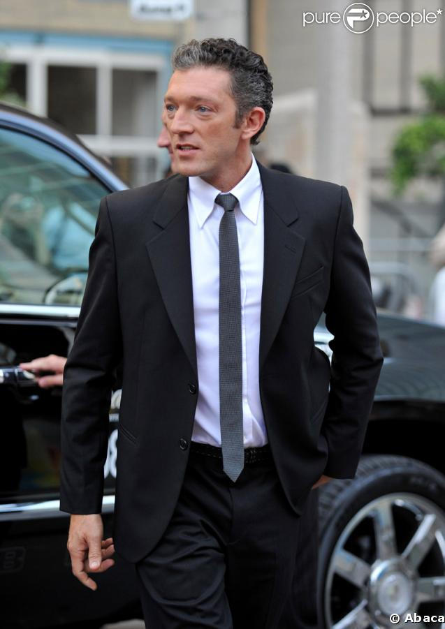 http://static1.purepeople.com/articles/7/15/93/7/@/78329-vincent-cassel-637x0-1.jpg