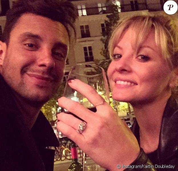 Kaitlin Doubleday et Devin Lucien se sont fiancés à Paris, le 12 mai 2015.