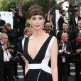 "Frédérique Bel - Montée des marches du film ""Irrational Man"" (L'homme irrationnel) lors du 68e Festival International du Film de Cannes, à Cannes le 15 mai 2015."