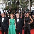 """Nathalie Baye, Jacques Attali et Sonia Rolland (robe Rabih Kayrouz) - Montée des marches du film """"Irrational Man"""" (L'homme irrationnel) lors du 68e Festival International du Film de Cannes, à Cannes le 15 mai 2015"""