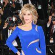 """Jane Fonda (robe Atelier Versace) - Montée des marches du film """"The Sea of Trees"""" (La Forêt des Songes) lors du 68e Festival International du Film de Cannes, le 16 mai 2015."""