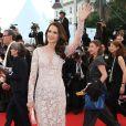 """Andie MacDowell (robe Zuhair Murad) - Montée des marches du film """"The Sea of Trees"""" (La Forêt des Songes) lors du 68e Festival International du Film de Cannes, le 16 mai 2015."""