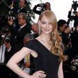 """Svetlana Khodtchenkova - Montée des marches du film """"The Sea of Trees"""" (La Forêt des Songes) lors du 68e Festival International du Film de Cannes, le 16 mai 2015."""