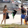 Exclusif - Robin Thicke , son fils Julian et sa nouvelle compagne April Love Geary en vacances à Saint-Barthélemy. Le 10 mai 2015.