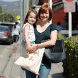 """Alyson Hannigan et sa fille Keeva se rendent au """"Country Mart"""" à Brentwood, le 30 avril 2015"""