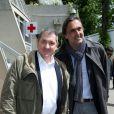 Yves Calvi et Emmanuel Chain - People au village des Internationaux de France de tennis de Roland Garros à Paris le 29 mai 2015.