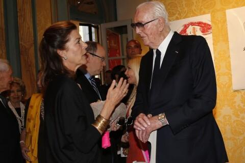 Caroline de Hanovre : Souvenirs imagés avec Givenchy et jolies fleurs de Russie
