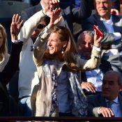 Roland-Garros 2015 : Anne Gravoin fait la ola, Karine Le Marchand déchaînée...