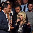 Exclusif - Nikos Aliagas et la chanteuse France Gall, dans les arènes de Nîmes à l'occasion de la spéciale Fête de la musique de l'émission La Chanson de l'année sur TF1, le samedi 20 juin 2015.