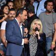 Exclusif - L'animateur Nikos Aliagas et la chanteuse France Gall, dans les arènes de Nîmes à l'occasion de la spéciale Fête de la musique de l'émission La Chanson de l'année sur TF1, le samedi 20 juin 2015.