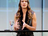 Hilary Swank émouvante : Pour son père malade, elle a mis de côté sa carrière
