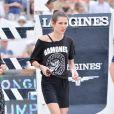 Charlotte Casiraghi reconnaît le parcours lors du Longines Paris Eiffel Jumping au Champ-de-Mars à Paris, le 4 juillet 2015.