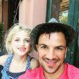 Peter Andre et sa fille - Photo postée sur Instagram / juin 2015