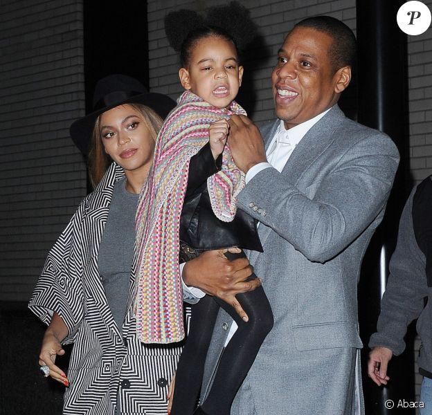 Beyoncé, Jay Z et leur fille Blue Ivy à New York, le 7 décembre 2014.