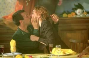 Mathieu Kassovitz retrouve une scène de sexe avec Julie Gayet et excite la Toile