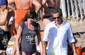 Carla Bruni-Sarkozy : De Disneyland à Valérie Trierweiler... Confidences rares !