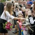 Le prince Carl Philip de Suède et la princesse Sofia, duc et duchesse de Värmland, visitent le manoir de Marbacka de l'écrivain Selma Lagerlöf à Sunne le 26 août 2015.