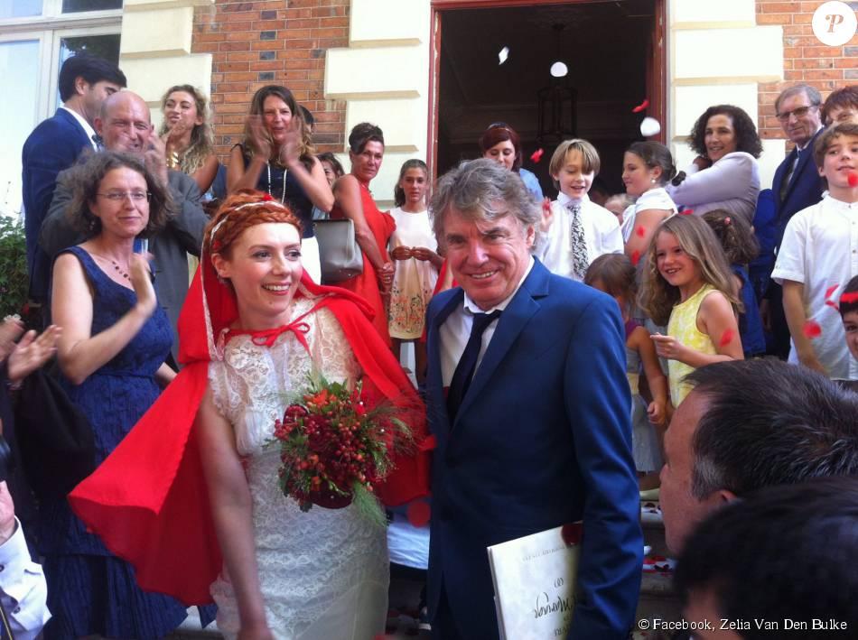 Patricia Petibon et Didier Lockwood se sont mariés le 22 août 2015 à Dammarie-les-Lys, au cours d'une cérémonie festive et haute en couleur. Photo de la créatrice Zelia Van Den Bulke (Zelia Sur La Terre Comme Au Ciel).