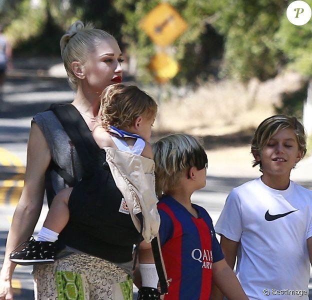 Exclusif - Gwen Stefani et ses trois enfants arrivent à une fête d' anniversaire à Los Angeles Le 30 Août 2015