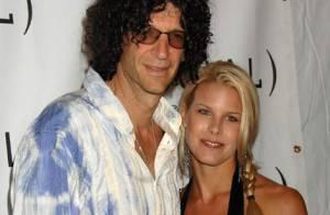 L'animateur fou Howard Stern et sa fiancée Beth Ostrosky se sont mariés !