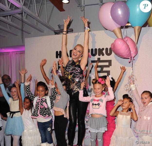 Gwen Stefani - Chasse aux papillons pour le lancement de la collection automne de la marque Harajuku au Duff's Cakemix à Los Angeles le 24 septembre 2015