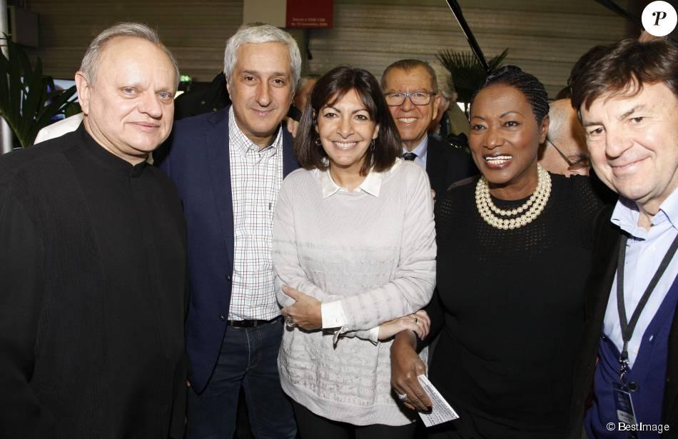 Jo l robuchon anne hidalgo et babette de rozi res et guests 1er salon de la gastronomie des - Salon de la gastronomie paris ...