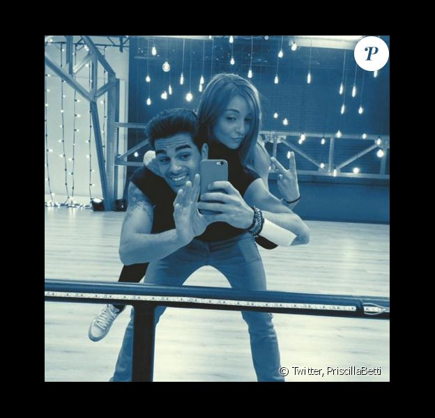 Priscilla Betti durant ses répétitions pour Danse avec les stars 6. Elle fait équipe avec Christophe Licata. Octobre 2015.
