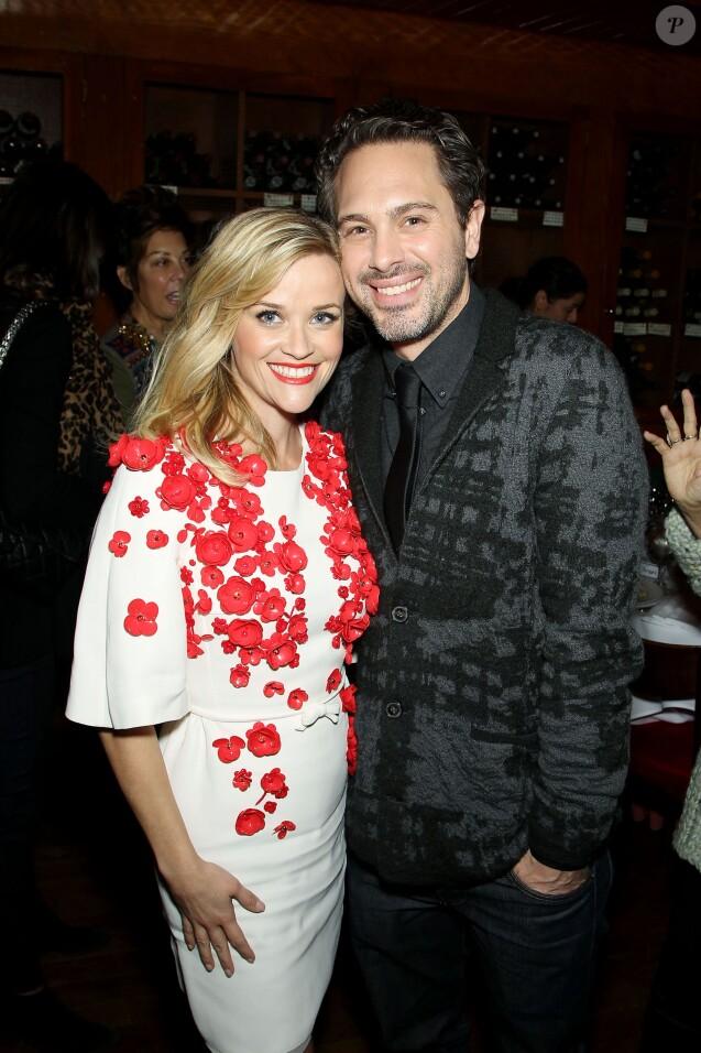 Reese Witherspoon et Thomas Sadoski lors d'un repas en l'honneur du film Wild à La Grenouille à New York le 3 décembre 2014
