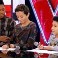 Equipe Jenifer - Battle entre Lissandro (15 ans), Ferhat (12 ans) et Mehdi (15 ans).  The Voice kids , émission du 16 octobre 2015 sur TF1.