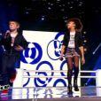 Equipe Louis Bertignac - Battle entre Selena (12 ans), Léo (13 ans) et Amandine (11 ans) -  The Voice kids , émission du 16 octobre 2015 sur TF1.