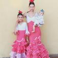 Bianca Balti et ses filles Matilde et Mia lors de la feria de Marbella