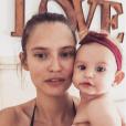 Bianca Balti complice avec sa fille Mia