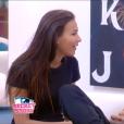 Julie tente de convaincre Loïc d'aller se réconcilier avec Mélanie, dans  Secret Story 9 , le dimanche 25 octobre 2015.