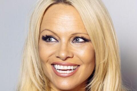 Pamela Anderson : Nue pour annoncer sa guérison de l'hépatite C