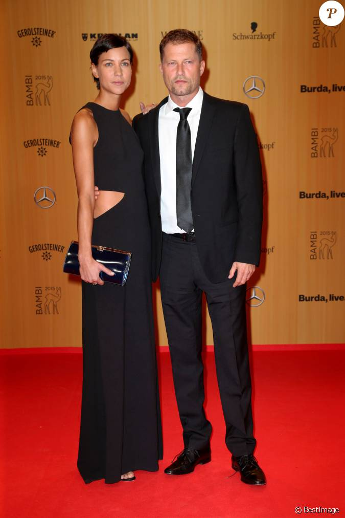 til schweiger et sa compagne marlene shirley c r monie des bambi awards berlin le 12. Black Bedroom Furniture Sets. Home Design Ideas