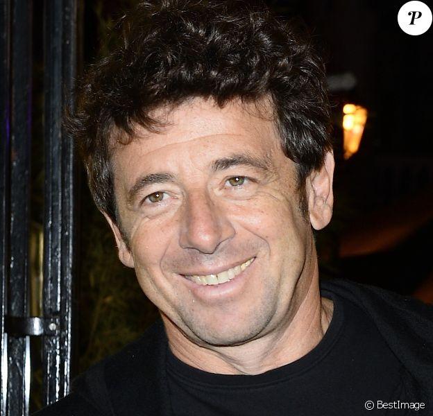 """Patrick Bruel - 1ère édition des """"Trophées du bien être"""" au profit de la fondation Mimi Ullens au Théâtre de la Gaité Montparnasse à Paris le 21 septembre 2015."""
