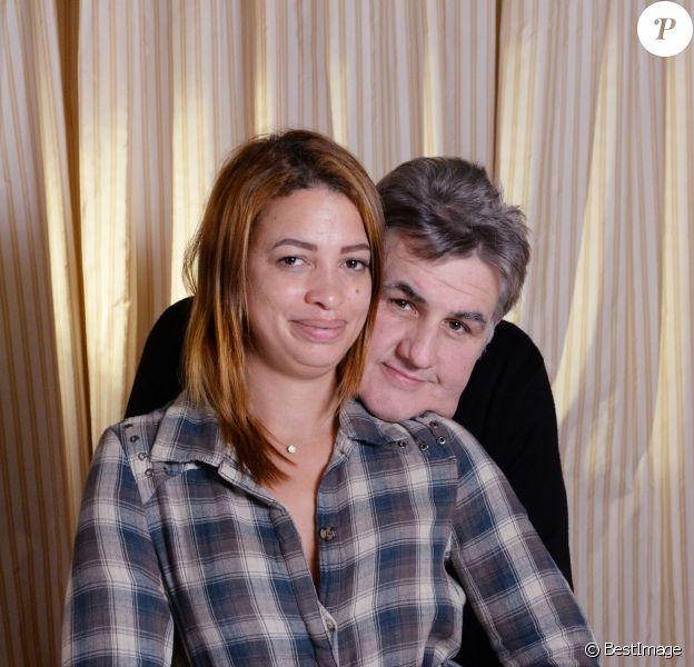Pierre Ménès et sa compagne Mélissa au cocktail du Festival du Cinéma & Musique de film de La Baule, le 12 novembre 2015 © Rachid Bellak