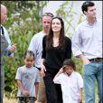 Brad Pitt, Angelina Jolie en compagnie de Pax et Maddox