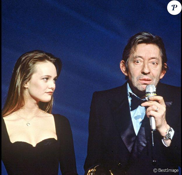 Vanessa Paradis et Serge Gainsbourg lors des Victoires de la musique en 1990