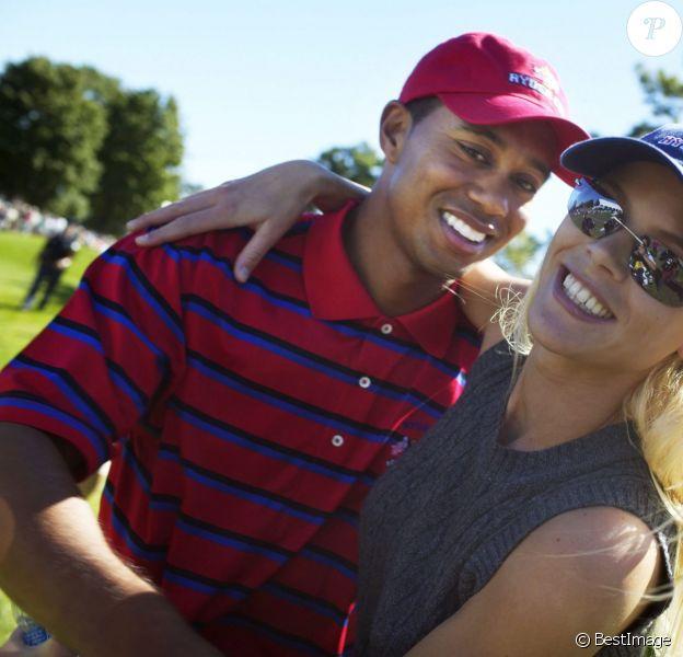 Tiger Woods et Elin Nordegren, lors de la Ryder Cup le 13 septembre 2004 au Etats-Unis