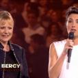 Dorothée et Alessandra Sublet, lors du concert événement des 30 ans de Bercy, à l'AccorHotels Arena à Paris, le vendredi 4 décembre 2015.