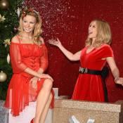 Kylie Minogue garde le sourire devant son horrible statue de cire