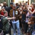 """Le rappeur Drake à la sortie du défilé """"Kanye West x Adidas"""" à New York, le 16 septembre 2015."""