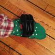Tom Felton a reçu un tambourin de pied de la part de sa chérie Jade Olivia pour Noël / photo postée sur le compte Instagram de l'acteur le 26 décembre 2015.